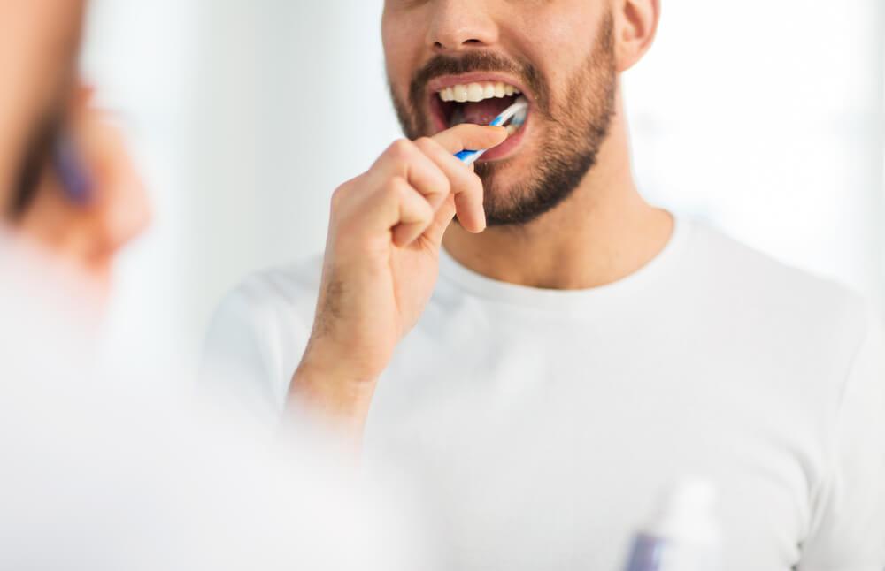 Total Care - Hilangkan Bau Mulut dengan 5 Cara Ini