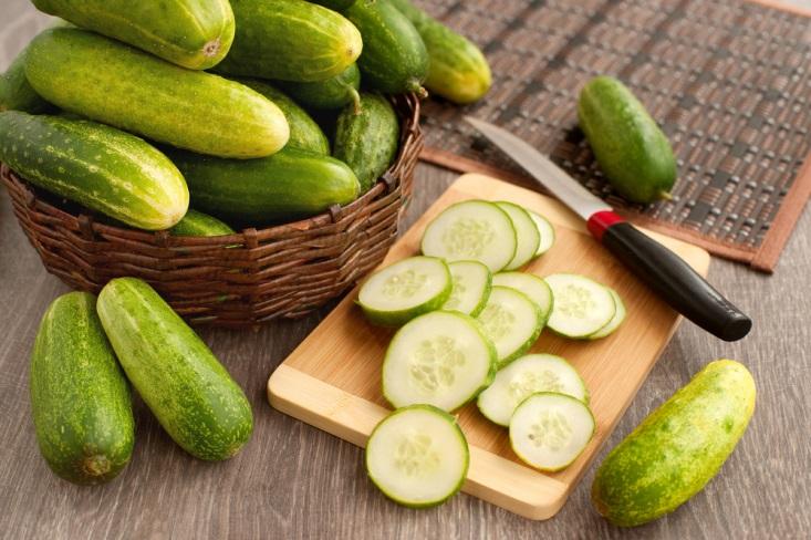 Buah dan Sayur yang Bisa Menghilangkan Bau Mulut