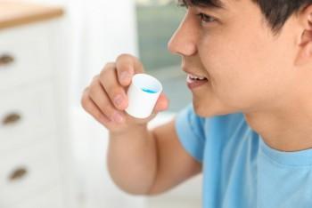 8 Manfaat Rajin Berkumur dengan Mouthwash