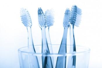 Macam-macam Alat Pembersih Gigi yang Wajib Anda Tahu